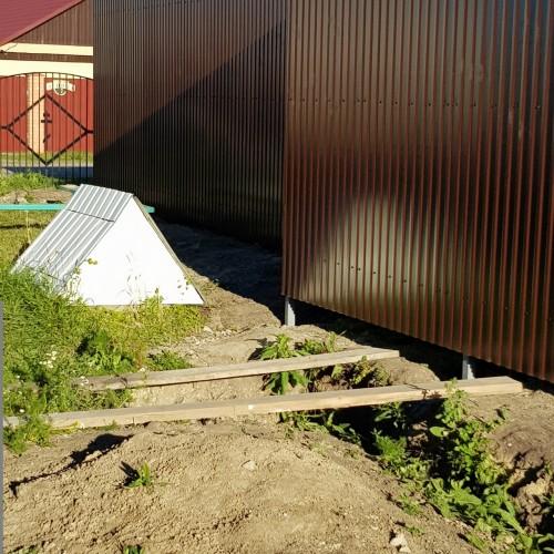 Забор из профнастила RAL 8017
