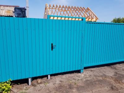 Забор из профнастила 102 м.