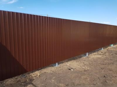 Забор из профнастила 1.8 м Ral 8017 под ключ
